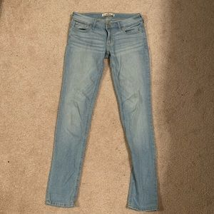 Hollister Light Washed mid-rise jeans